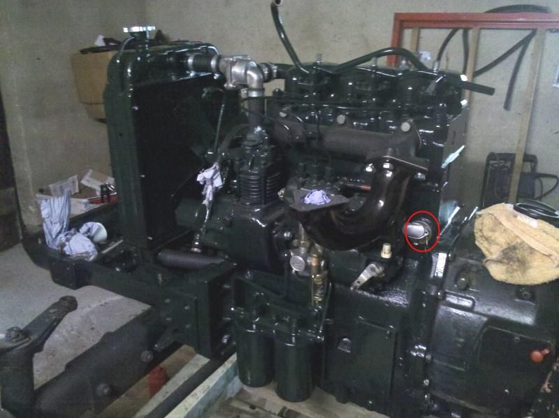 zetor_5011_motor_kühlwassererwärmer.jpg